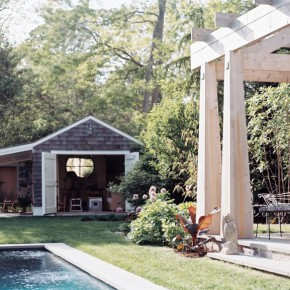 Cool Garden with Pool House Decor