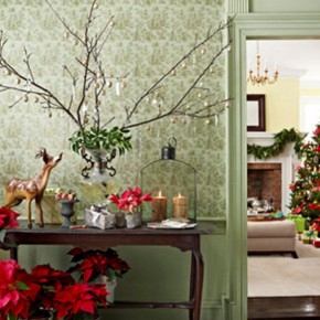 Cool Green Wall Christmas Design Inspiratoins