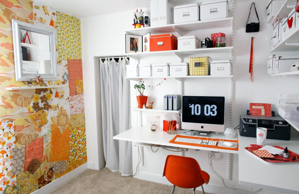 Creative Feature Wall Home Office Design - Interior Design Ideas