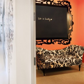 Fancy Office Space with Century Venetian Sofas Decor
