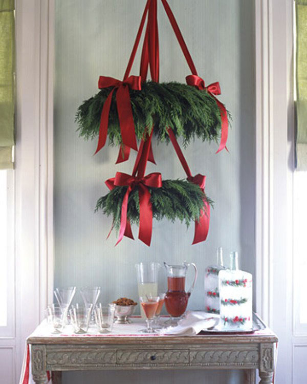 Hanging Leaf Pine Tape Christmas Decor