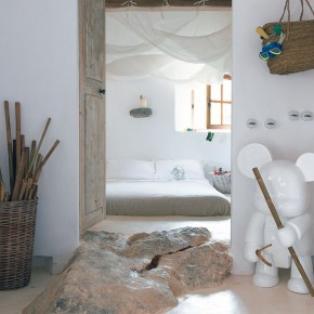 Original White Bedroom Design Cave House