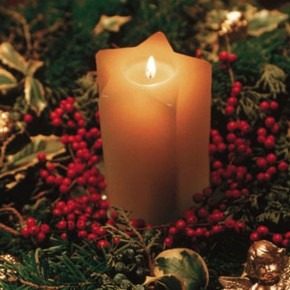 Romantic Candle Christmas Ornament for the Christmas Table Decorations