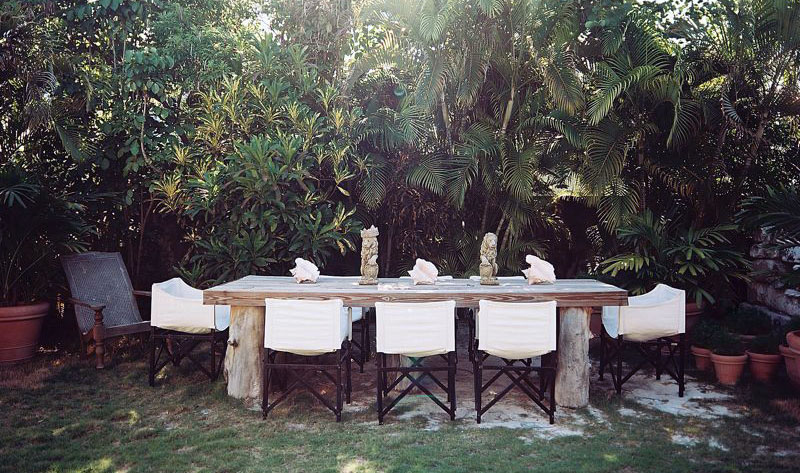 Rustic Outdoor Dinning Table Design