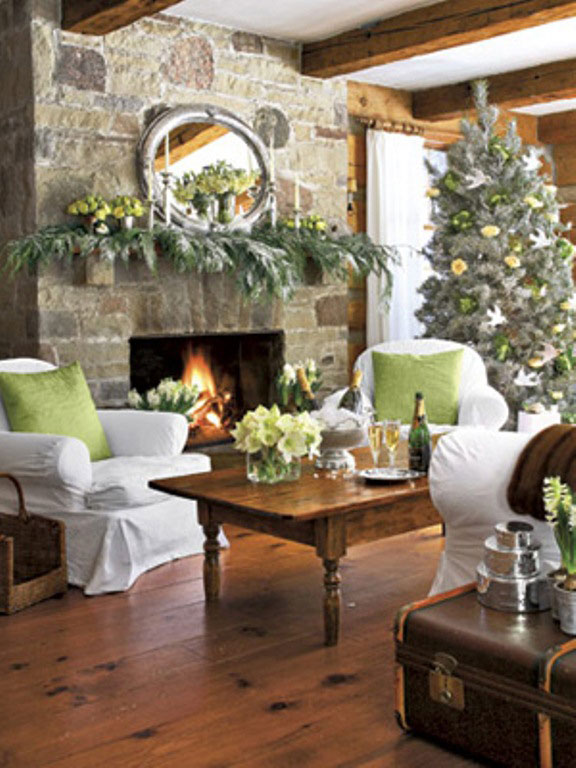Warm living room with christmast decor ideas interior for Warm living room decor ideas