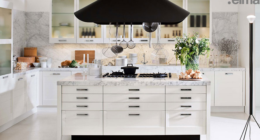 White an Marble Kitchen with Black Elements