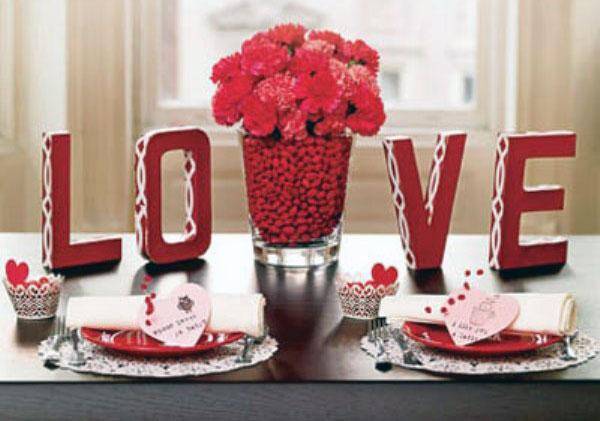 3D Love and Flower Valentine Decor Ideas