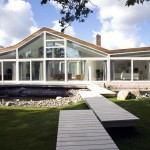 Glass Fronted House with Footpath Design
