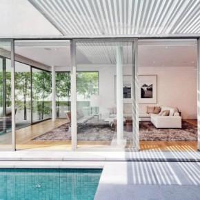 Retractable Glass Walls Living Room Decor