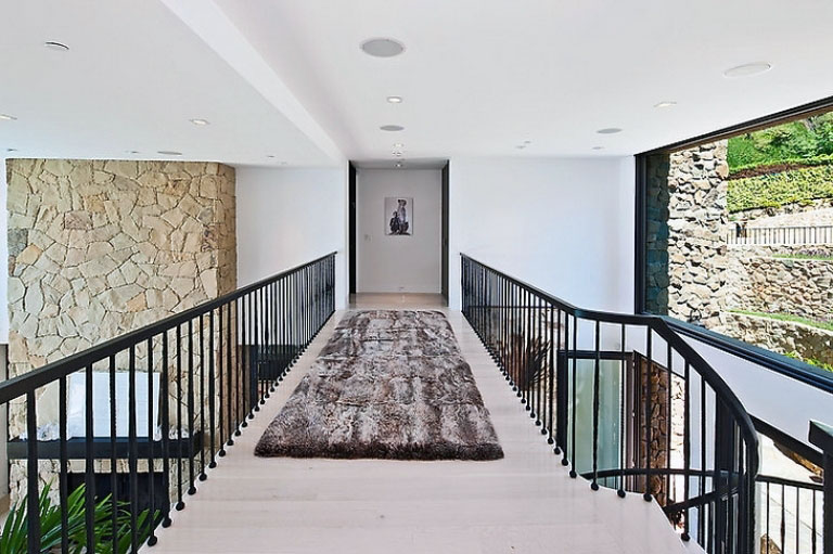 This Indoor Bridge with Brown Fur Rug Ideas
