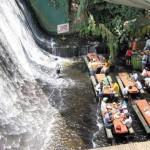 Amazing Waterfalls Restaurant in Villa Escudero