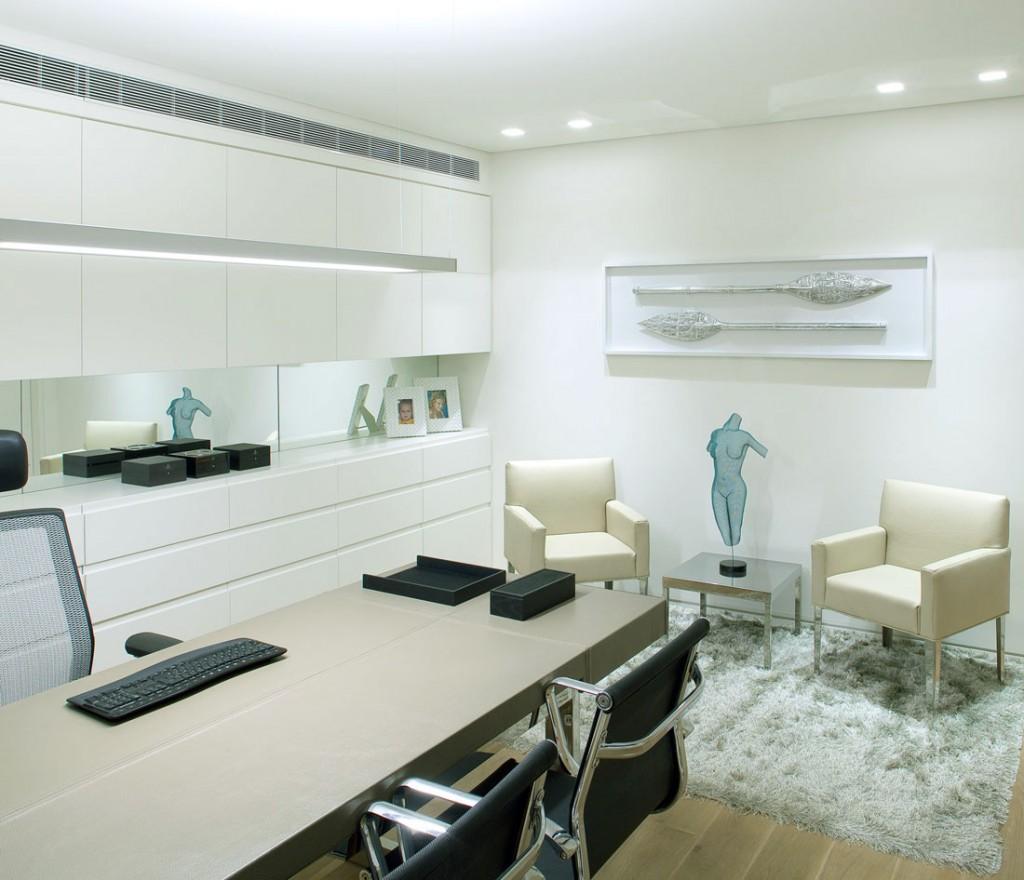 Bright Modern Work Space Design