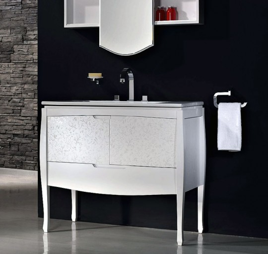 Sonia Nouveau Bathroom with Black Sink Backsplash