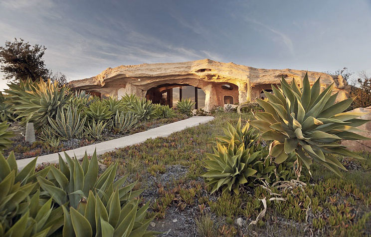 Amazing Flintston House Mountain Rock Building Exterior