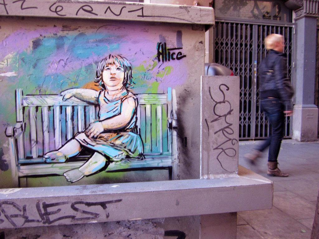Wall street mural representing women feelings ideas for Angel wall mural
