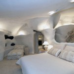Cozy Cave Bedroom Flintstone House Design