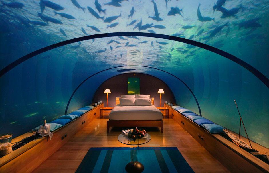 Dangerous Underwater Bedroom Design Ideas