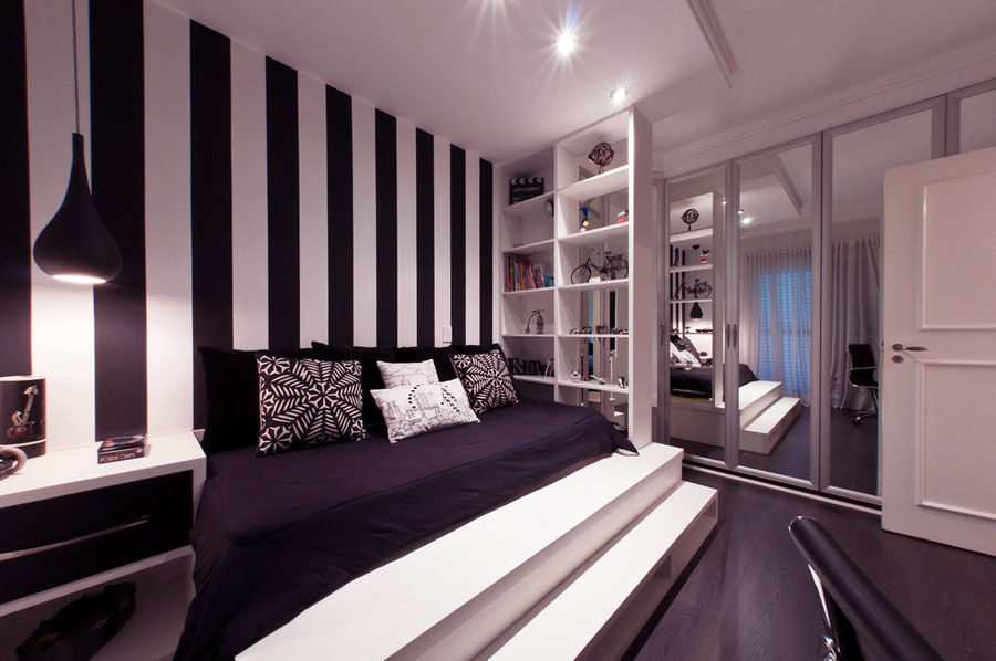 Minimalist bedroom with platform bed and black white for Minimalist black and white bedroom