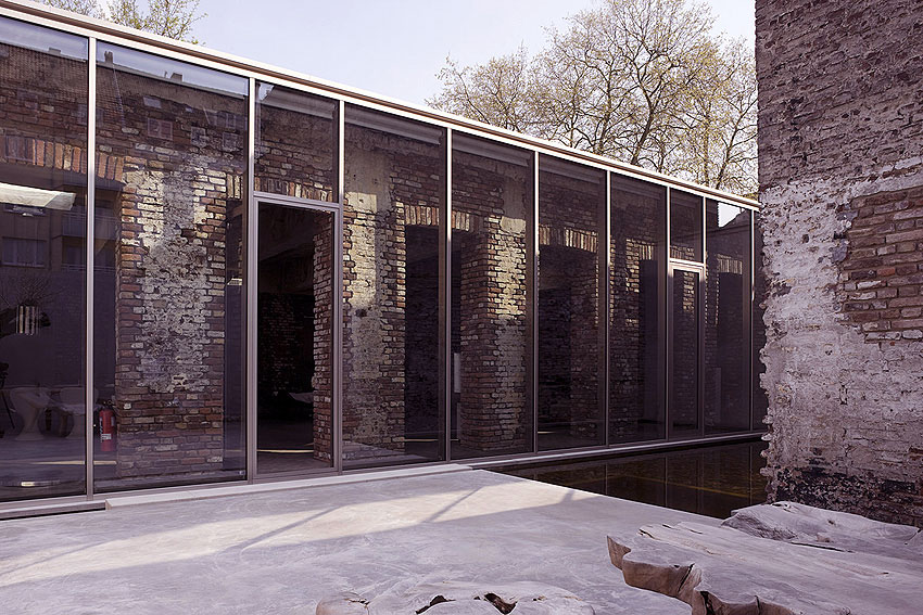 Home with Glass Wall Facade Glazed Extension Ideas