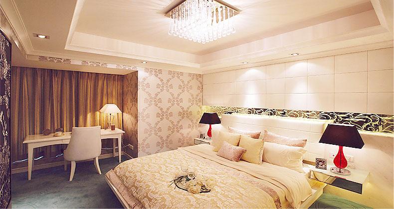 Neutral Bedroom with Rain Chandelier Design