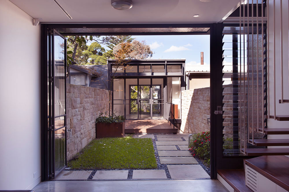 Small Garden Australian House Ideas