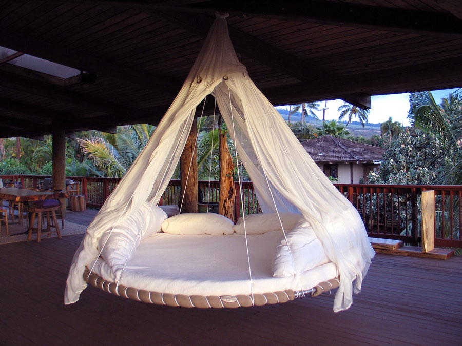 White Hanging Patio Bed Design Ideas