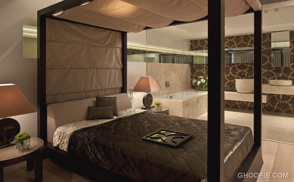 Suite Bedroom with Canopy Bed Ideas