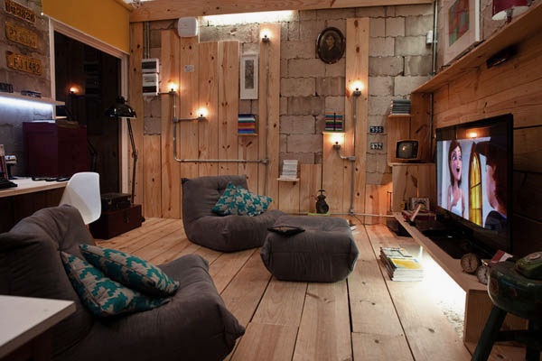 Cool Multimedia Library with Block Wall Design Ideas
