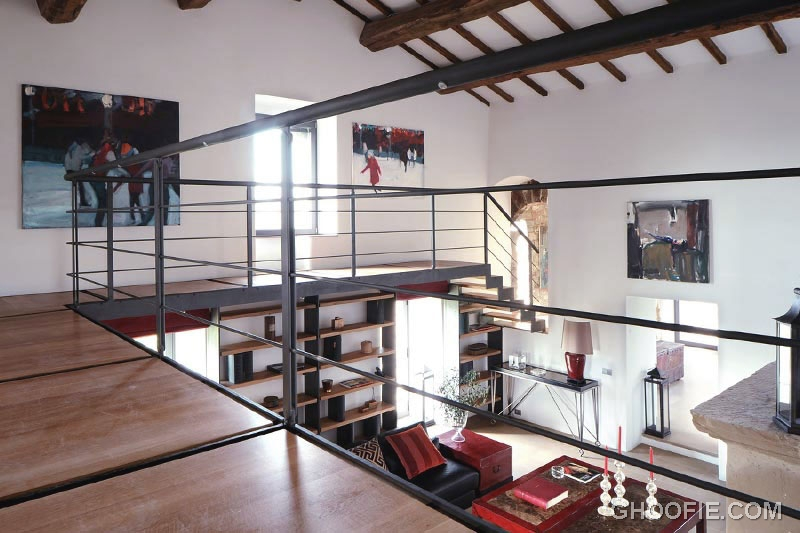 Modern 2nd Floor Design With Metal Balustrade Mezzanine
