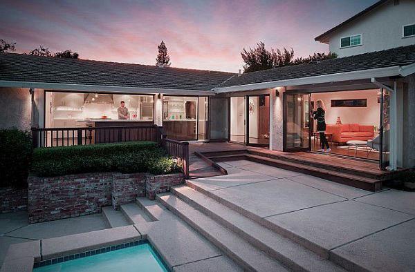 Modern Outdoor Patio Area with Concrete Deck Design
