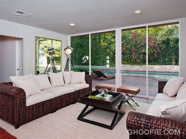Family Room Design Ideas with Rattan Chairs