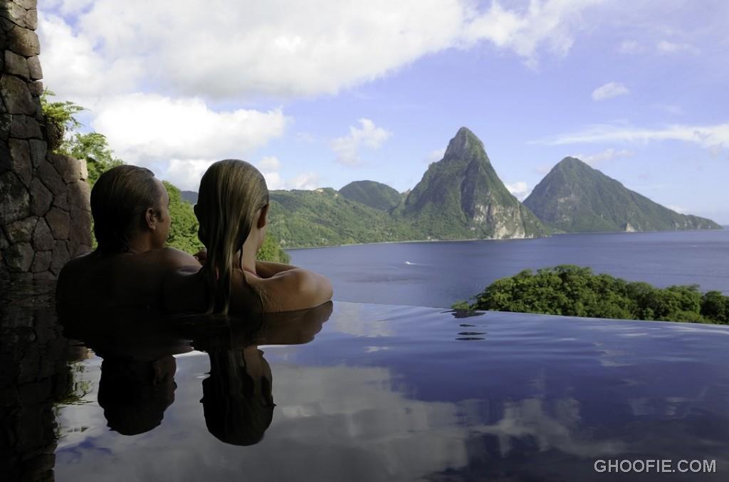 Infinity Pool with Beautiful Jade Mountain View