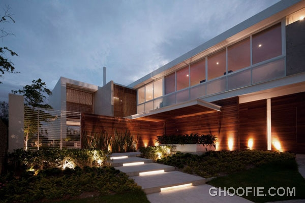 Awesome View Modern Minimalist House Design Ideas at Night