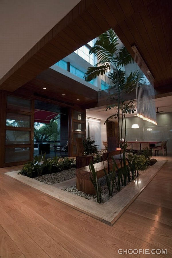 Contemporary small indoor garden design ideas interior for Small indoor patio ideas