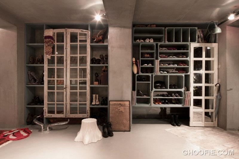 Contemporary Walk in Closet with Concrete Wall Design Ideas