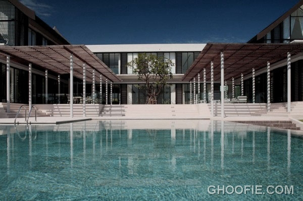 Glamorous Phuket Home Design with Beautiful Swimming Pool Ideas