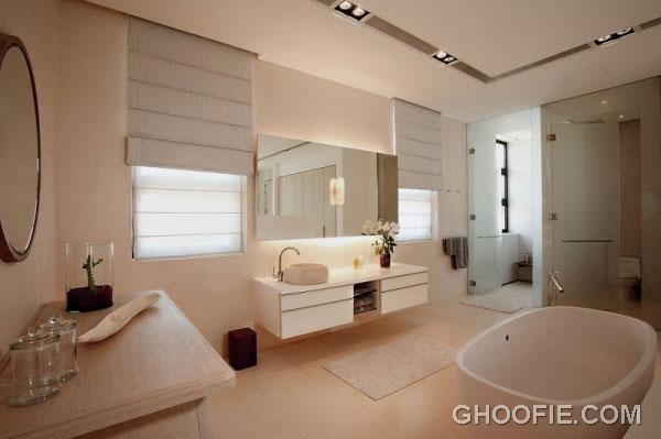 Luxurious Master Bathroom Design Ideas with Modern Furniture