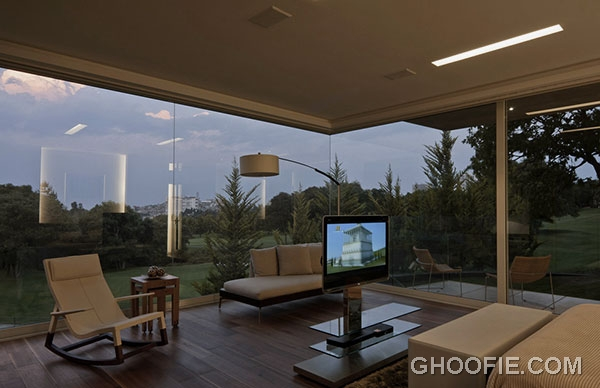 Amazing Living Room Design with Glass Wall and Luxurious Interior