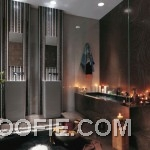 Unique Romantic Bathroom with Candle Decor