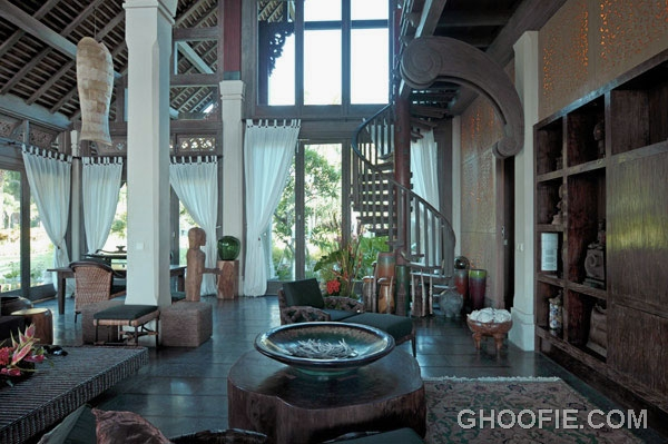 Ethnic interior villa design ideas with high ceiling for Beach villa interior design