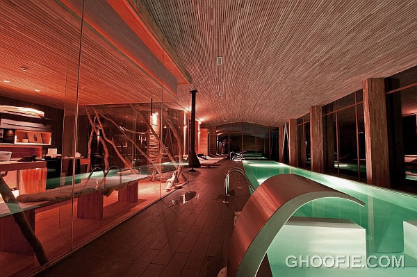 Marvelous Home Spa Design with Wooden Ceilings