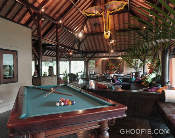 Second floor living room villa design ideas with pool for 2nd living room ideas