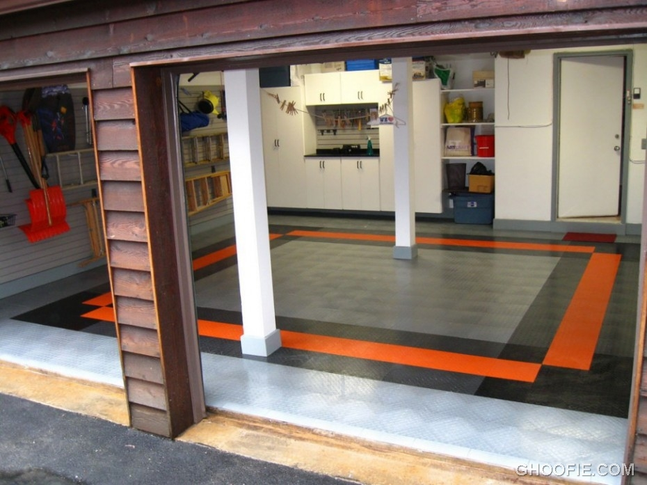 Simple garage ideas for small spaces interior design for Home plans with basement garage