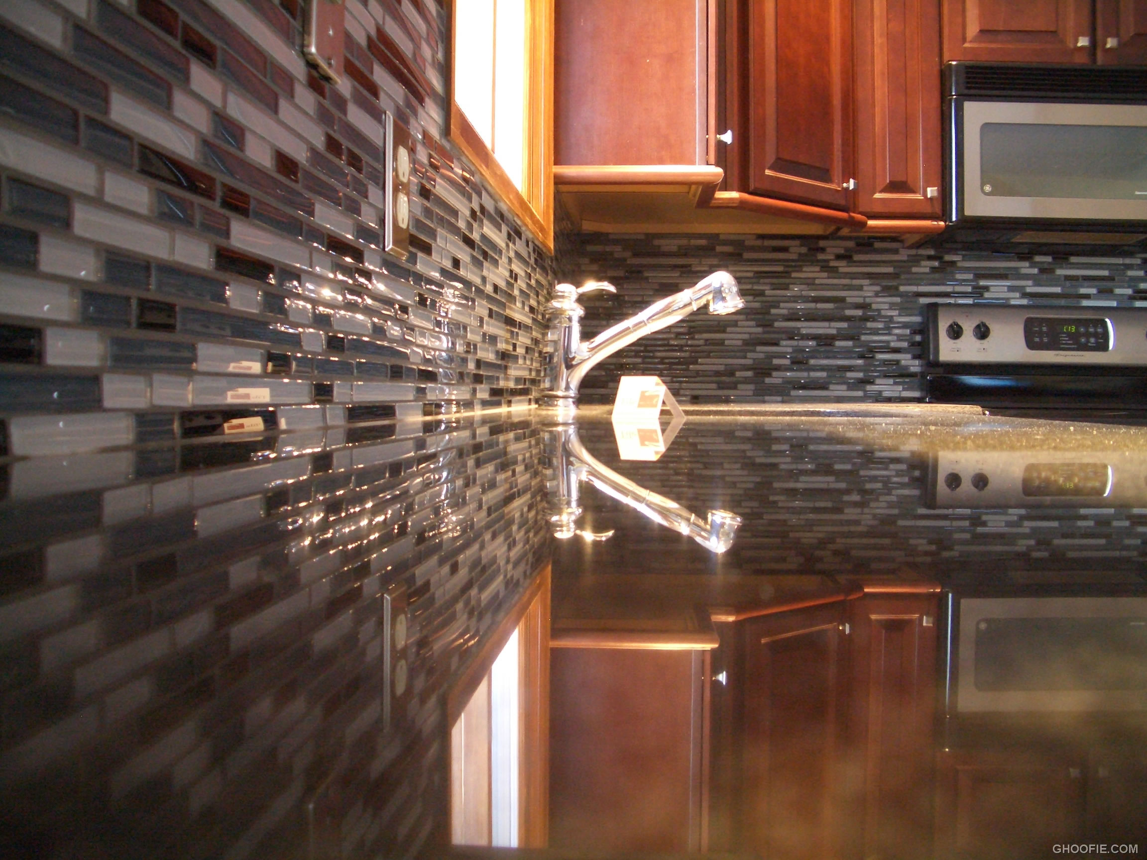 Perfect Glass Tile as Kitchen Backsplash 2304 x 1728 · 582 kB · jpeg