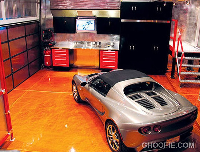 Simple garage ideas for small spaces interior design for Luxury garage interiors