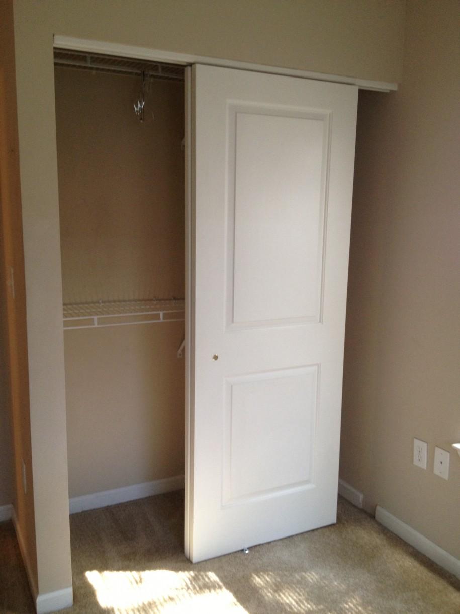 Minimalist White Sliding Closet Door Interior Design Ideas