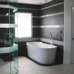 Black & white bathroom design