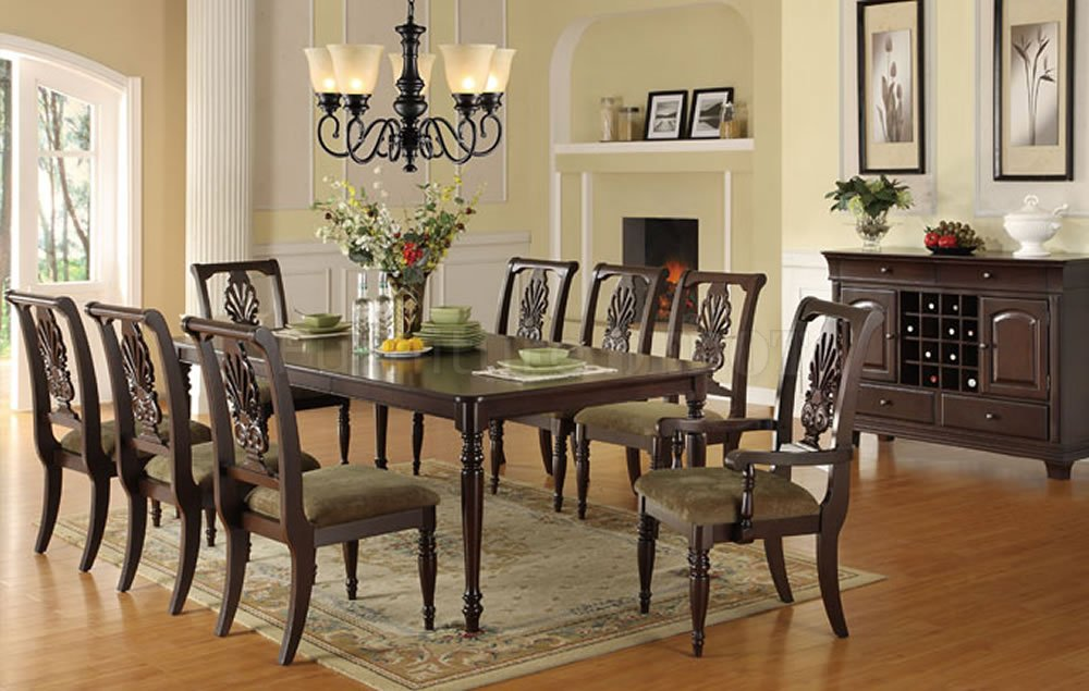 Dining rooms with pizazz dining room design ideas for Formal dining room table decor