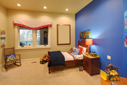 Kids room ideas with blue wall