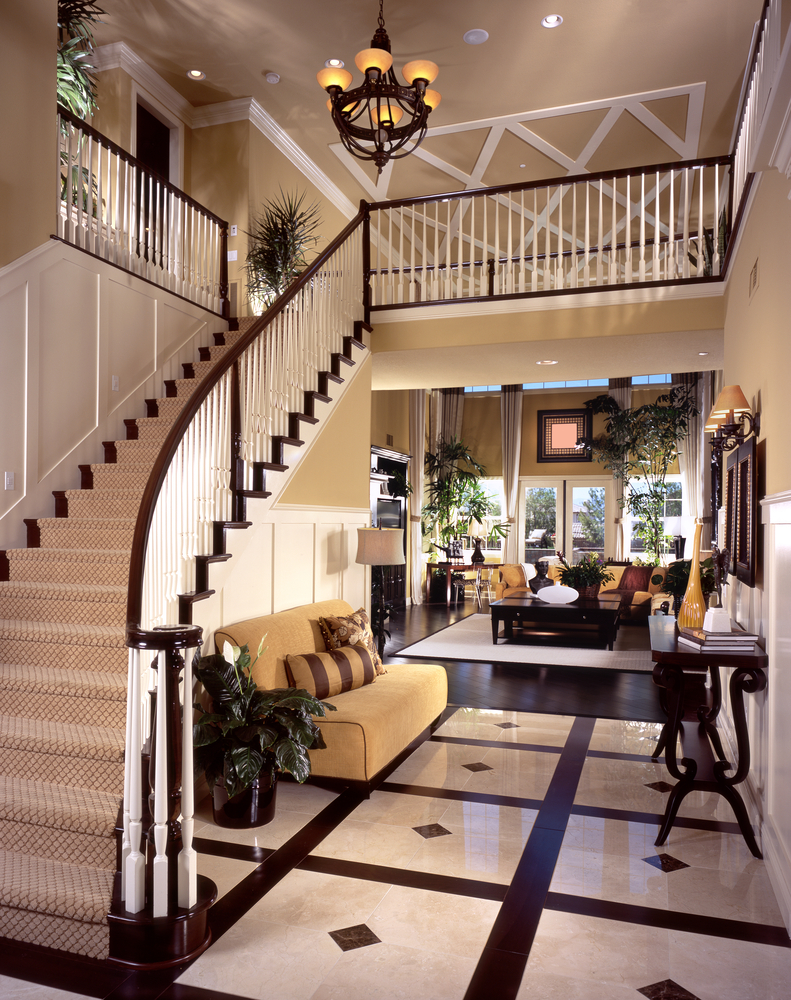 Luxurious entry way design with marble